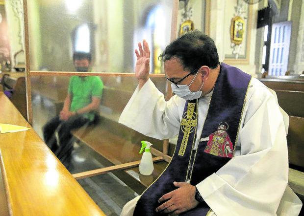 Local lockdowns eyed for Metro Manila reopening