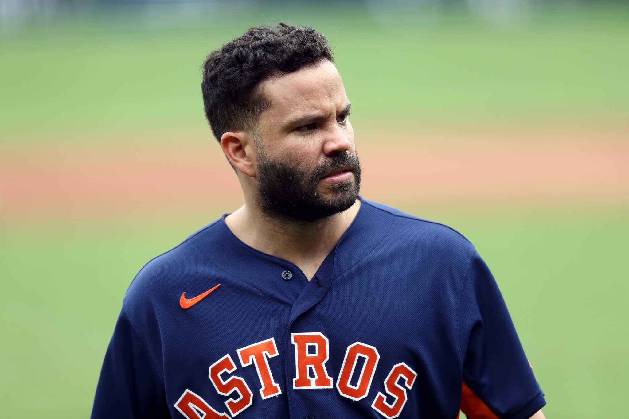 No, Royals pitchers didn't intentionally hit Astros' Jose Altuve, Alex Bregman