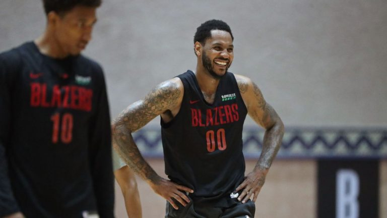Blazers' Carmelo Anthony slims down ahead of switch to small forward