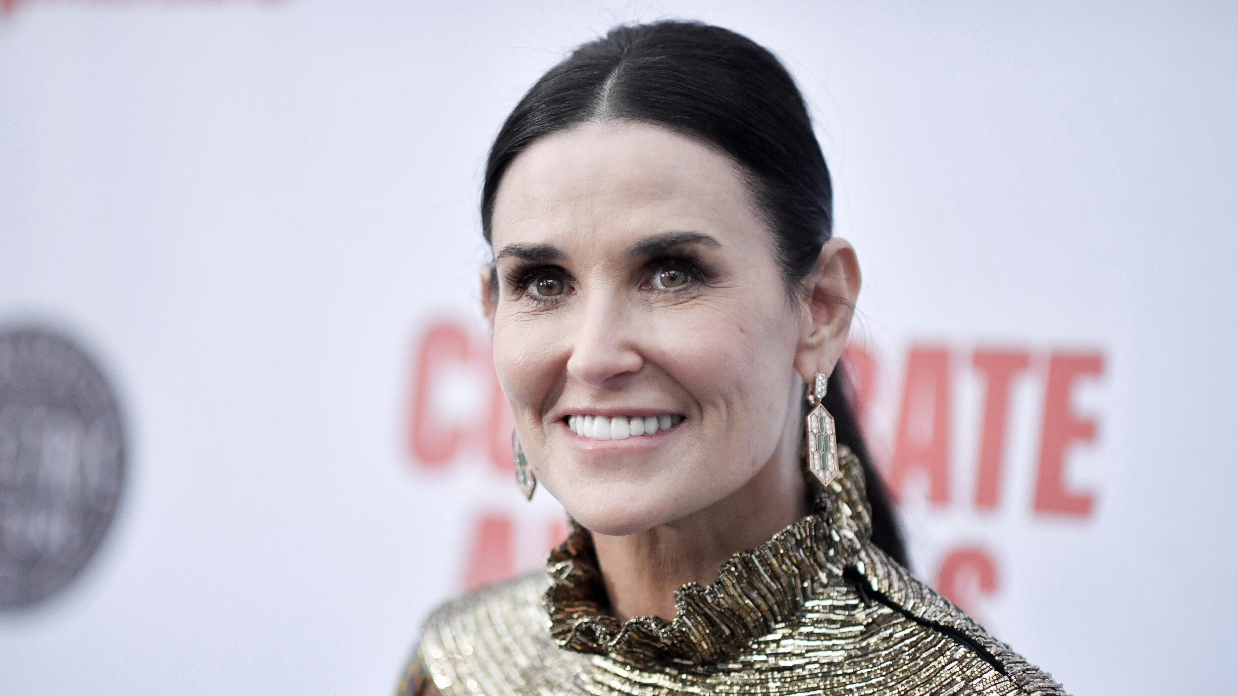 Demi Moore goes blonde for latest role in 'Brave New World': 'Meet Linda'