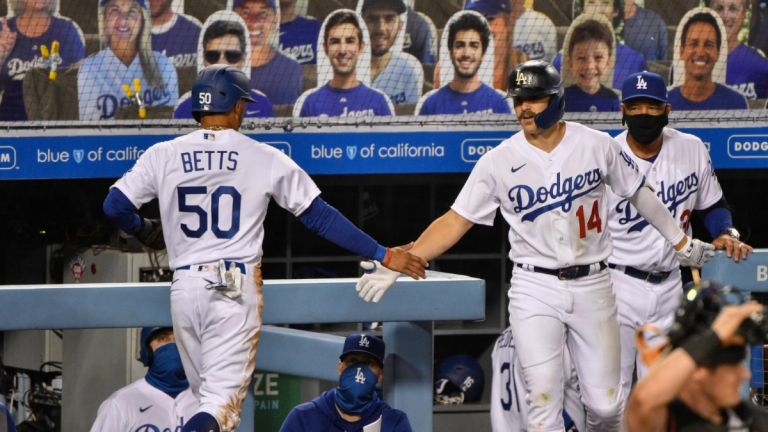Dodgers vs. Giants score: Enrique Hernandez, Mookie Betts lead L.A. to win on MLB Opening Day