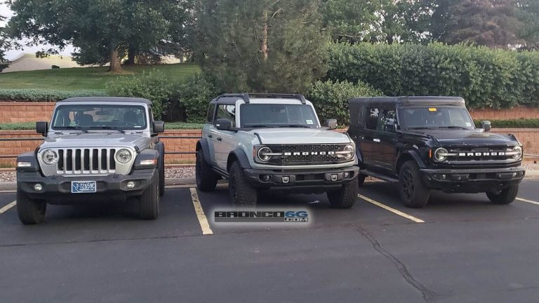 Ford Broncos caught parked next to Jeep Wrangler, which do you prefer?