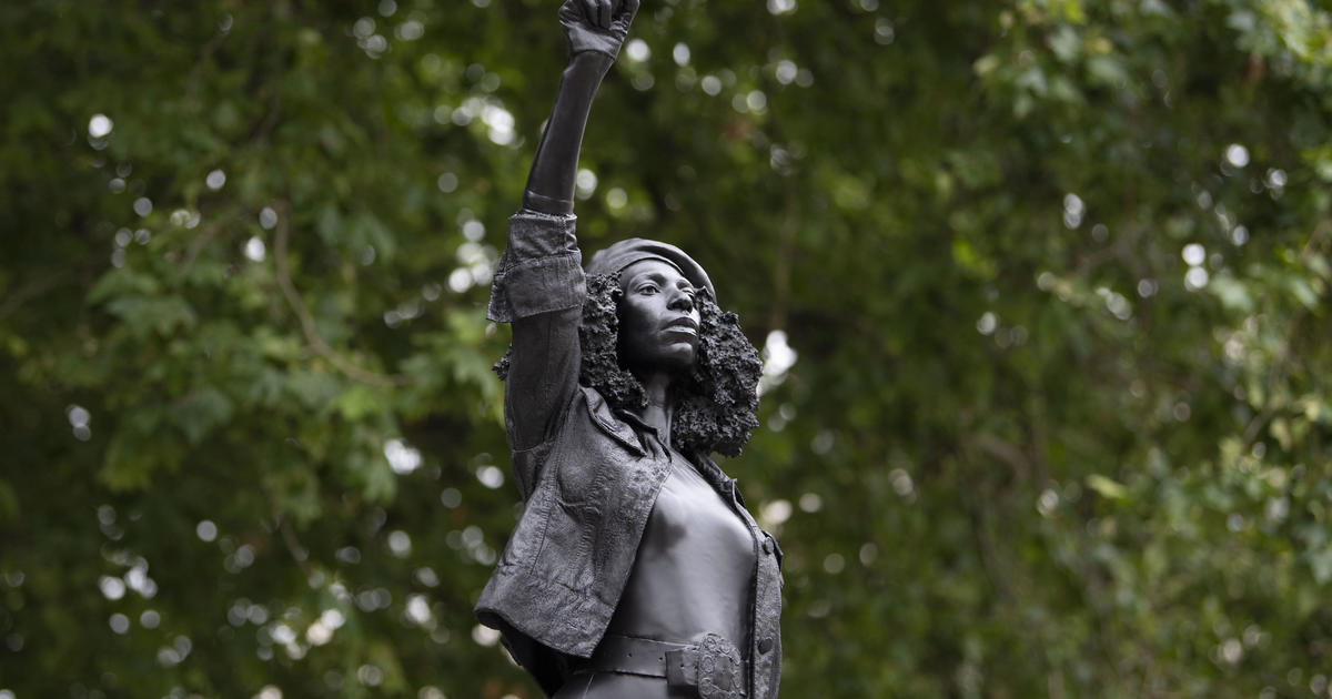 Statue of UK slave trader Edward Colston replaced with one of Black Lives Matter protester