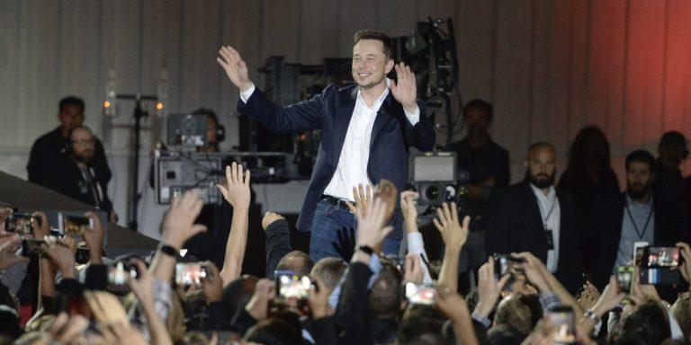 Tesla (TSLA): Elon Musk secures more stock to finance SpaceX's Mars colonization plan