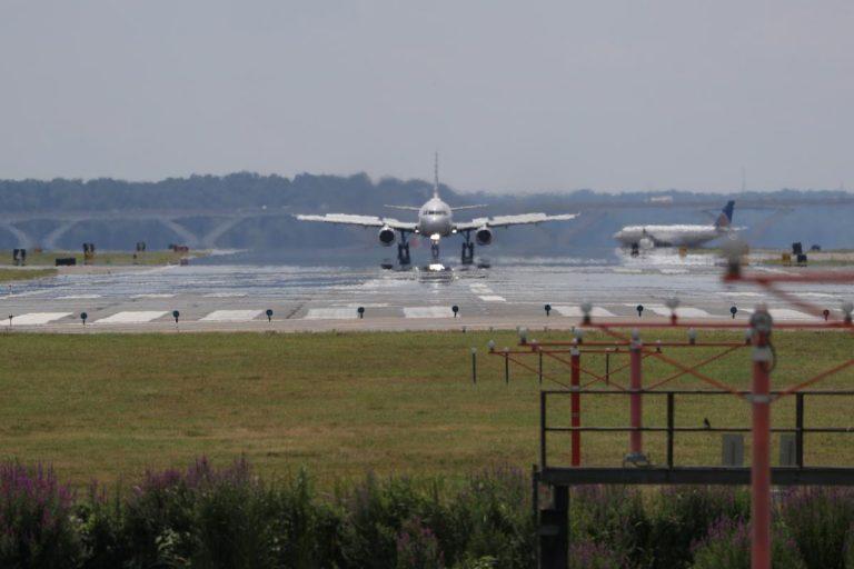 United Airlines, pilots union reach creative deal to limit furloughs