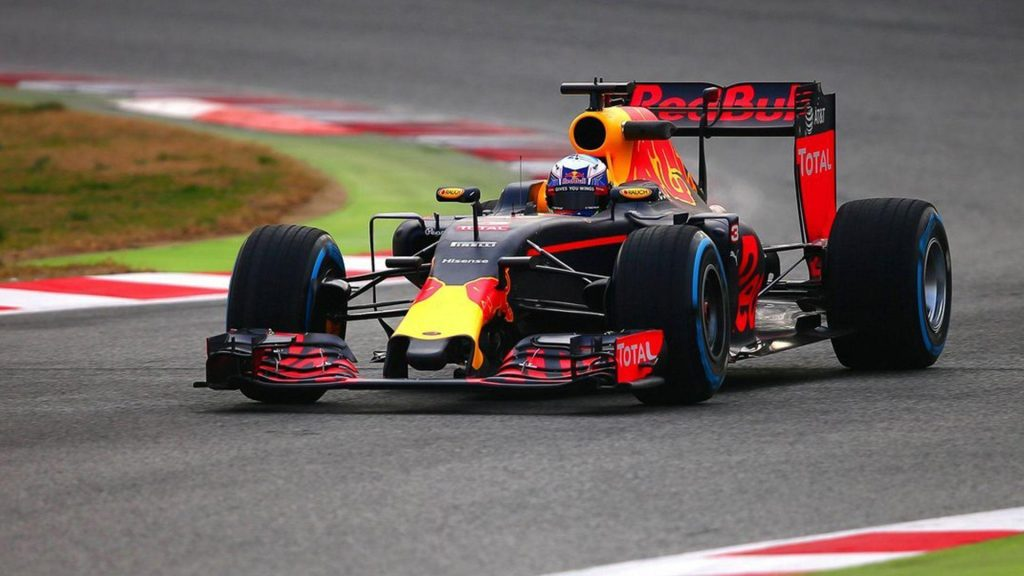 F1 car Race track