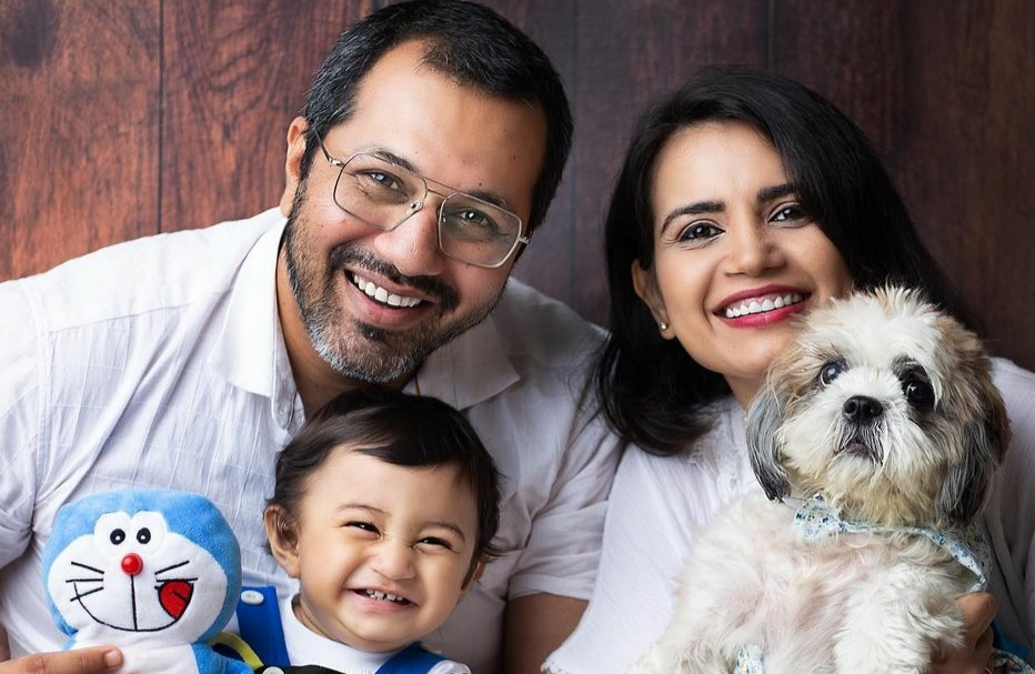 Rita Reporter with her family